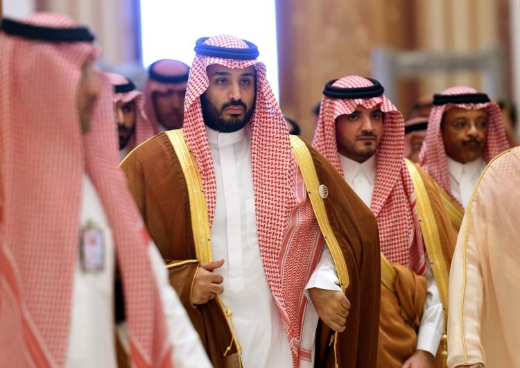 صحيفة بريطانية: الملك سلمان سيتنازل عن العرش لنجله الأسبوع المقبل