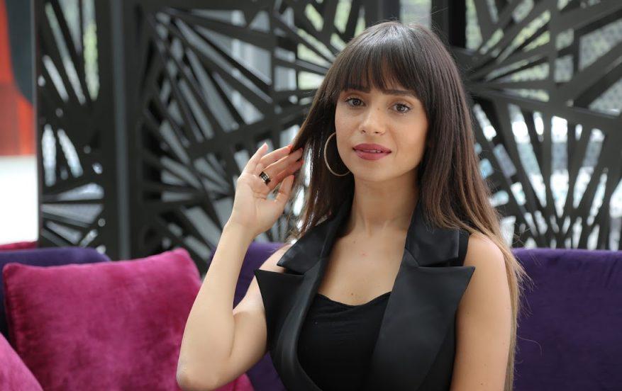 الممثلة ابتسام زعيمي معلقة على انتقاد رقصتها: غاذي نشطح الشعبي و نفوج على راسي