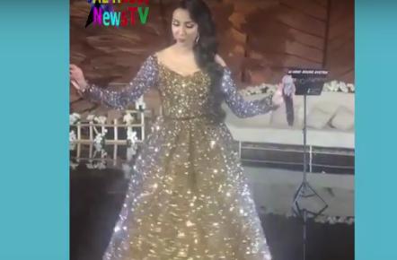 دنيا باطما تغني دور بيها يا الشيباني تسحر الخليجيين برقصها وغنائها (فيديو)