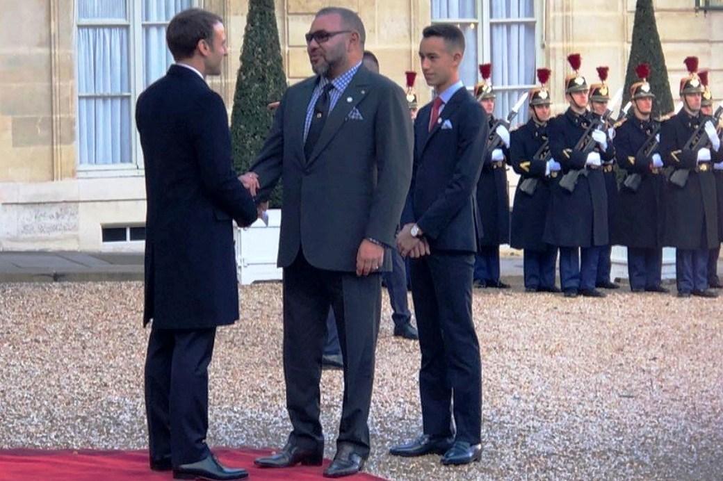 الملك محمد السادس يدين عملية احتجاز رهائن بفرنسا ويعزي ماكرون