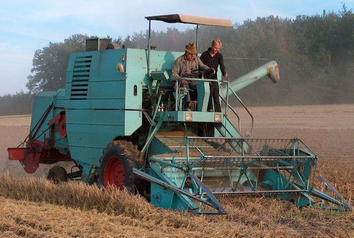 آلة حصاد تحول شخص إلى أشلاء ضواحي سيدي إفني