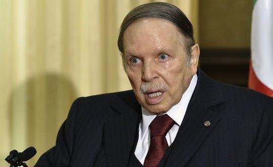 الرئاسة الجزائرية تعلن عن عزل بوتفليقة لإثنين من كبار قادة الجيش