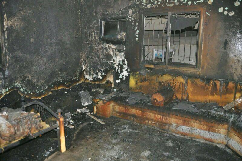 إنتحرت بإحراق منزل بأكمله