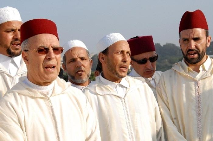 التوفيق يحصي الأئمة والمرشدين الدينيين المتوفرتين على حسابات على مواقع التواصل الاجتماعي