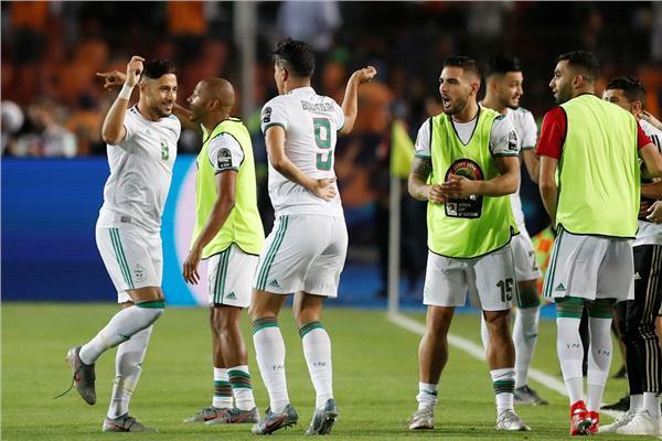 """نهائي """"الكان"""".. الجزائر تنهي الشوط الأول متقدمة على السينغال بالنيران الصديقة"""