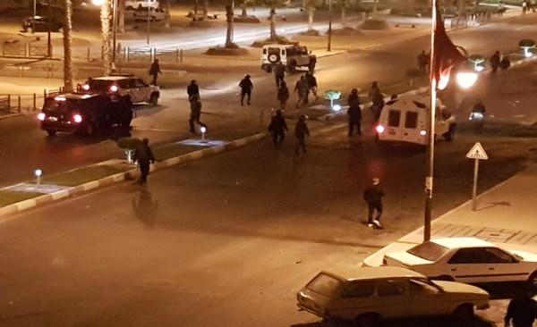 المركز المغربي لحقوق الإنسان يتابع أحداث العيون و يشكل لجنة لتقصي الحقائق