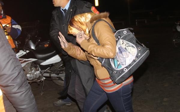 اعتقال سيدة متهمة بالنصب على 23 محاميا بتطوان