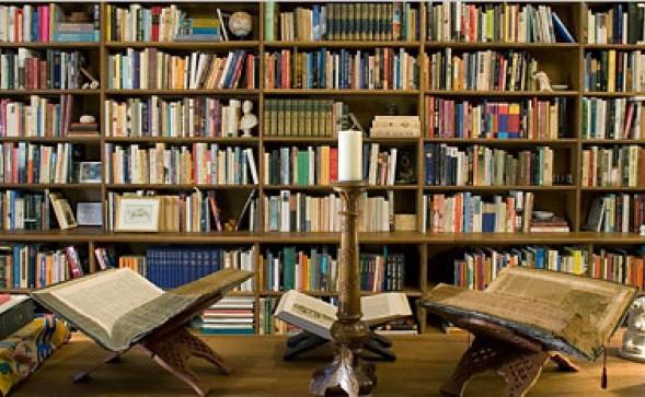 أمزازي يدعو رؤساء الجامعات إلى تمكين الطلبة من الحصول على الكتب
