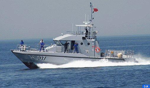 دورية للبحرية الملكية تطلق الرصاص على قارب لتهريب المخدرات قبالة طنجة